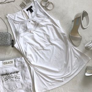 White House Black Market White Sleeveless Top Lg
